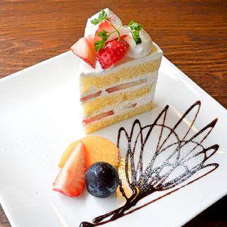 苺のショートケーキ(おかし工房Botan (ボタン))
