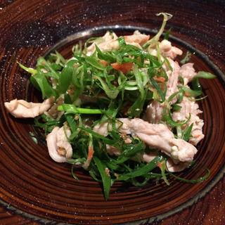 九条葱と鶏せせりの明太子和え(新宿やさい 心菜 (-cocona-))