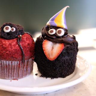 ハロウィンチョコレートカップケーキ(FRANZE & EVANS LONDON 表参道店 (フランツアンドエヴァンスロンドン))
