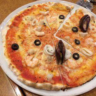 マルゲリータピッツァ(イタリアンレストラン 麦 (ムギ))