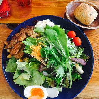 サラダランチ+チキン(南青山野菜基地 ORIGINAL )
