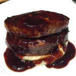 牛フィレ肉とフォアグラのロッシーニ(俺のフレンチ 梅田 )