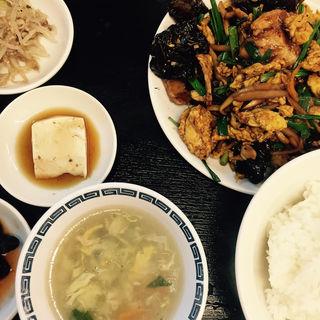 ルースーロー定食(新台北1号店 (シンタイペイ))