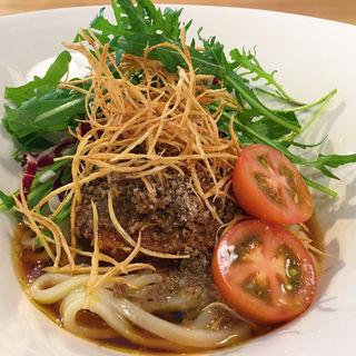 とろとろに煮込んだ和牛頰肉とキノコの旨味スペランツァうどん(太閤うどん 中町店 )