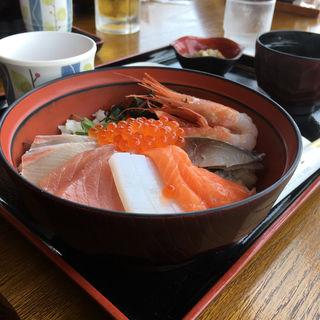 海鮮丼(舟屋 (ふなや))