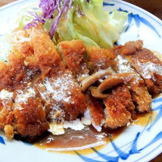 トンカツ(洋食の店 花櫚 (カリン))