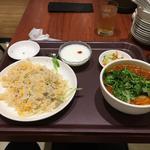 麻辣刀削麺+蟹肉焼飯