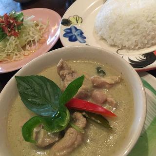 鶏肉と茄子のグリーンカレー(バナナ食堂 )