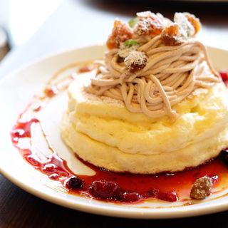 モンブランのパンケーキ(高倉町珈琲 若葉台店 )