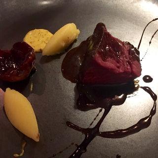 鹿肉のロースト(レストラン トエダ )