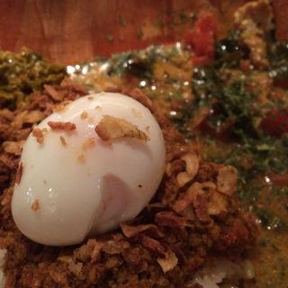 あいがけ(ケニック&南インドチキンカレー)(ケニック カレー (Kenick curry))