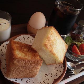 水出しアイスコーヒー(モーニング付)(カフェ ヴィオロン (cafe' Violon))