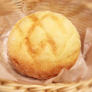 極上バターメロンパン(ANTIQUE 福岡天神店)