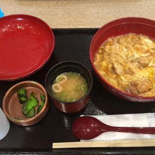 炭焼鶏の親子丼(親子丼 ほっこりや 三井アウトレットパーク滋賀竜王店 )