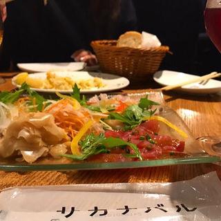 新鮮鮮魚のカルパッチョ(サカナバル )