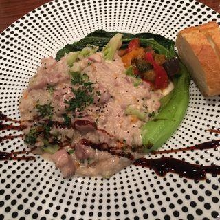 信玄鳥とブロッコリーのクリームリゾット(日替りランチ)(オブスキュール (obscur French Cuisine & Bar))
