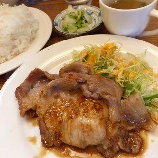 豚肉の生姜焼き(れん )