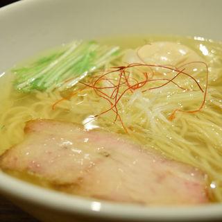 香彩鶏だし味玉塩ラーメン(麺屋 翔 本店)