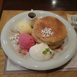 アールグレイガナッシュとローズシロップのパンケーキ(ナゴミナチュルア (nagomi-NATULURE))