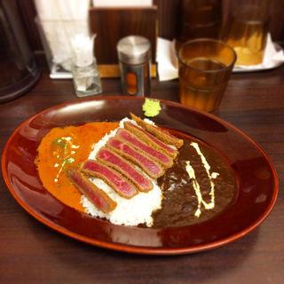 牛カツカレー(100時間カレー B&R 神田店 (ビーアンドアール))