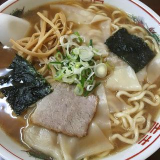 ワンタン麺(衆來)