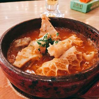 マドリット風ハチノスと豚肉の煮込み「トリッパ」(下町バル ながおか屋 )