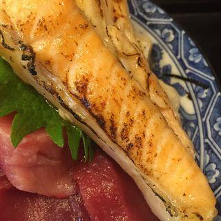 ランチ丼(まぐろとサーモンの焼きハラス)(すし食堂おはん)