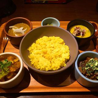 本日のカレープレート(ハブモアカレー (have more curry))