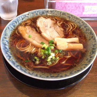 醤油ラーメン(鶴亀 )
