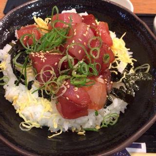 ぶつ切りマグロ丼(堂島とろ家 阪急三番街店 (とろや))