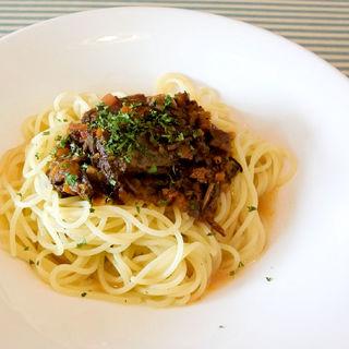 大人の牛スネ肉ボロネーゼ(ピアット (Piatto))