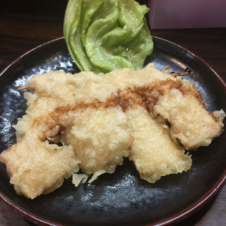 鮪トロ串天ぷら(まぐろ工房・くろば亭)