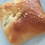 ゆで卵入りカレーパン(聖庵 阿佐ヶ谷店 )