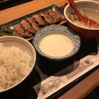 極厚芯たん定食(伊達の牛たん本舗 宮城ふるさとプラザ店 (だてのぎゅうたん))