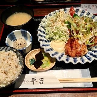 葱やの唐揚げ定食(葱や平吉 高瀬川店 (ねぎやへいきち))