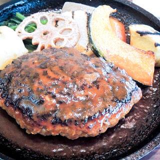 ハンバーグステーキ鉄板焼(ニューグリーン )