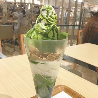 抹茶生チョコレートパフェ(ナナズグリーンティー イオンモールKYOTO店 (nana's green tea))