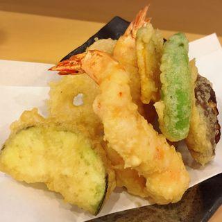 天ぷら盛り合わせ(手打蕎麦 風りん )
