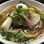 ポルチーニ茸と厳選野菜のラーメン