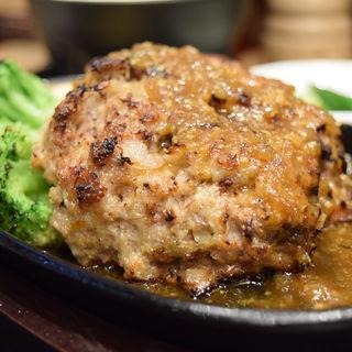 ロービーバーグ定食(ローストビーフ油そば ビースト 渋谷道玄坂店)