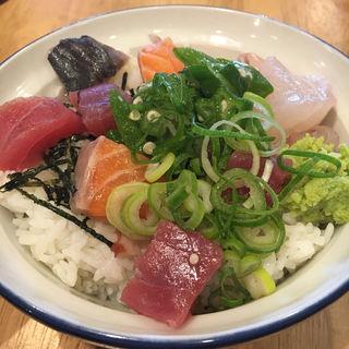 海鮮ネバネバオクラ丼(新大阪海鮮食堂 おーうえすと)