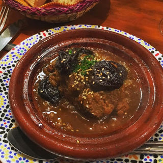 ラム肉とプルーンのタジン(エンリケ マルエコス)