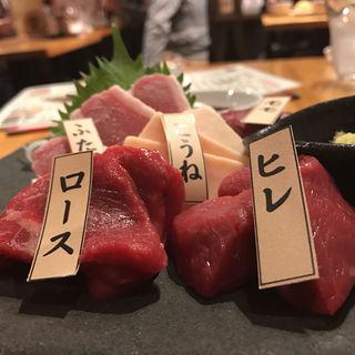 師範の五種盛り (がんばれニッポン馬肉道場 馬喰ろう 神田店 (ばくろう))