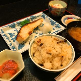焼魚ランチ(ワインと懐石 日本料理のお店 青山 (わいんとにほんりょうりのおみせ・せいざん))