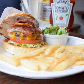 Bacon Cheese Burger(バーガーマニア 恵比寿店 (Burger Mania))