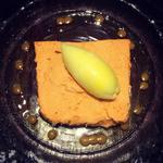 ブルターニュ産 オマールエビ のテリーヌ  沖縄産完熟パイナップルのソルベ添え