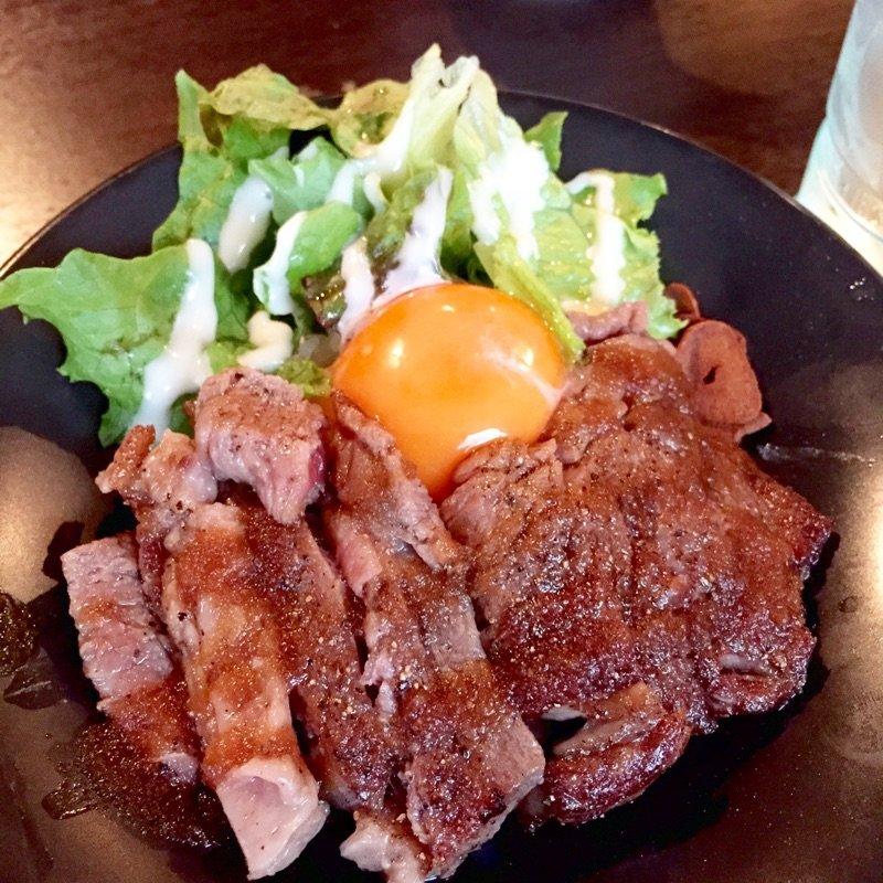 神戸牛ステーキ丼