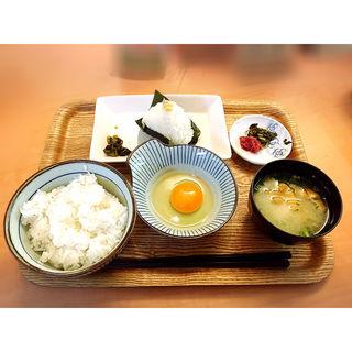 たまごかけごはん+ツナマヨコーン(musubime)