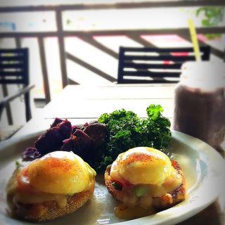Goofy's Eggs Benedict(GOOFY Cafe & DIne)