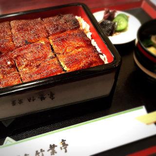 鰻丼 楓 (名古屋風)(東京 竹葉亭 名古屋店 (とうきょう ちくようてい))